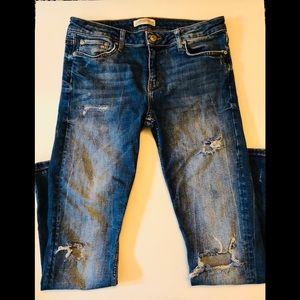 zara woman premium distressed denim jeans• size 40